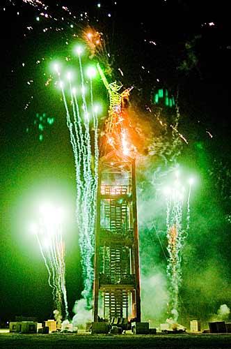 Burn Night. Fotografía de Peter Pan. 2008