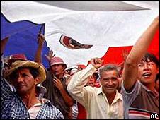 Enfoques cooperativos; Hoy: Carrizosa aboga por la cooperativización masiva del campesinado paraguayo.