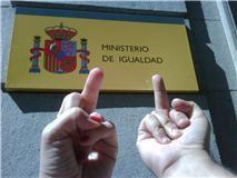 La caída del Ministerio de Igualdad, no de su política SCUM