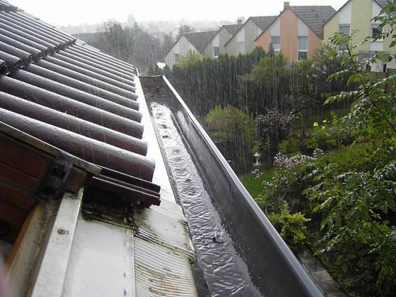 Los expertos recomiendan incluir sistemas que recojan agua - Recoger agua de lluvia ...