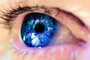 La pupila regula la cantidad de luz que le llega a la retina. Imagen: Michael Dawes