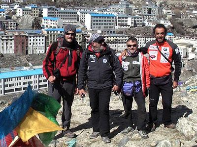 Españoles en el Himalaya