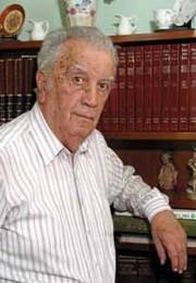 Dr.  Eduardo  Poliche