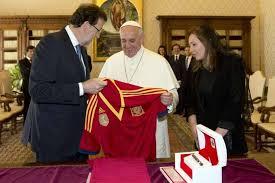 Rajoy y el Papa... ¿Alguien da más?