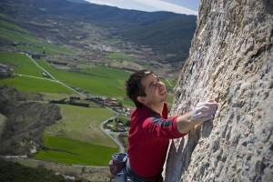Escalada en Etxauri. Foto: Patxi Uriz. Fotografías cedidas por el Archivo de Turismo 'Reyno de Navarra'