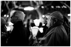 Rezando en Lourdes. Foto: loic490