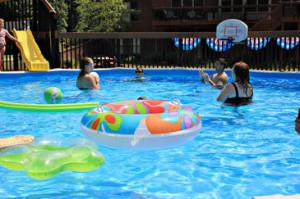 En seis de cada diez casos de ahogamiento el niño se estaba bañando en una piscina privada. / LuAnn Snawder Photography