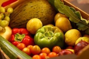 Cesta ecológica de frutas y verduras. Foto: Mumumío