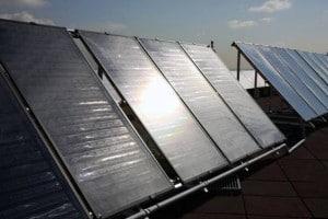 Los captadores solares también pueden generar energía para los circuitos de calefacción y aire acondicionado. / UC3M