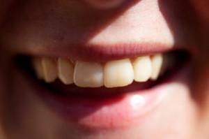 La sonrisa domina gran parte de las etapas iniciales del procesamiento cerebral de las caras. / Håkan Dahlström