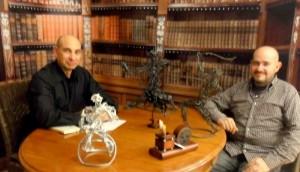 """El Lobo Estepario"" programa nº 13: Raúl Tristán (izda.) entrevista al escultor Boni Guarjol (dcha.)"