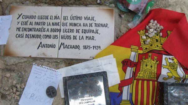 Antonio Machado, tumba