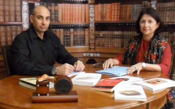 El Lobo Estepario Raúl Tristán entrevista a Ana Valet, masona