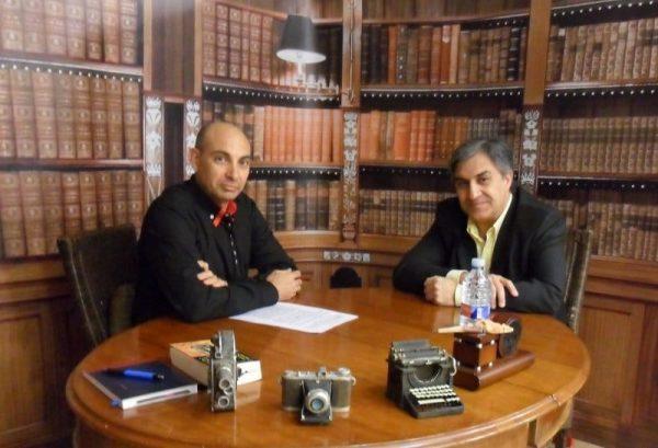 El Lobo Estepario. Raúl Tristán (izda.) entrevista a José Luis Corral (dcha.)