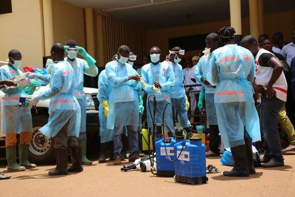 Ébola: una polémica ministra y su necesaria dimisión