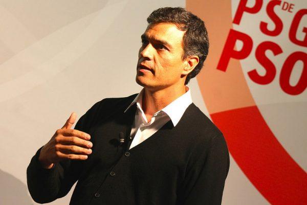 Pedro Sánchez: más fachada que talento