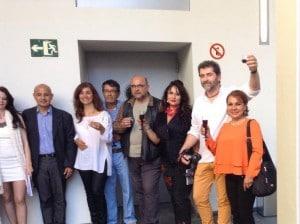 Las artistas con el señor cónsul de Colombia Jorge Felipe Carreño Sánchez, el escritor y periodista colombiano Marco Fidel Sánchez, el fotógrafo y periodista de Narón España Lucas Blanco invitado de honor en el libro.