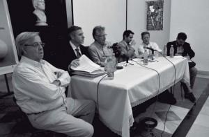 De izquierda a derecha, Carlos Alzugaray, Arturo López-Levy, Vegard Bye, Pável Vidal, Phil Peters y Julio César Guanche.