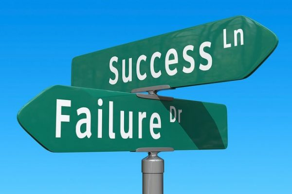 éxito o fracaso