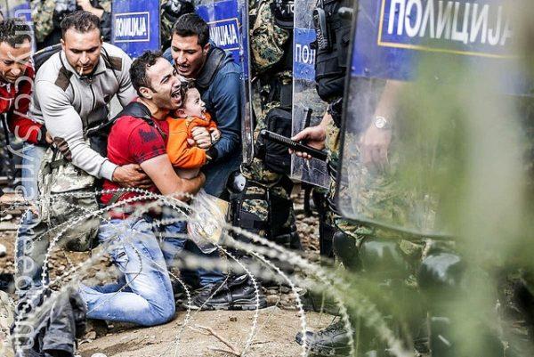 Refugiados sirios Idomeni Grecia Macedonia