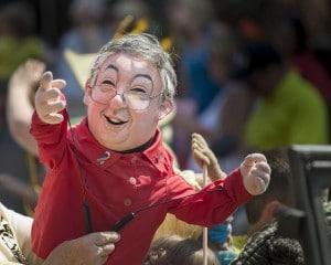 políticos titiriteros marioneta