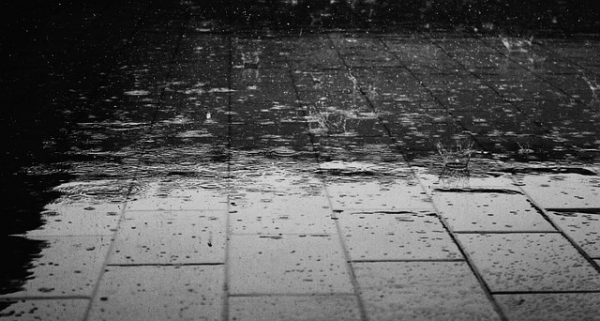 lluvia adoquines