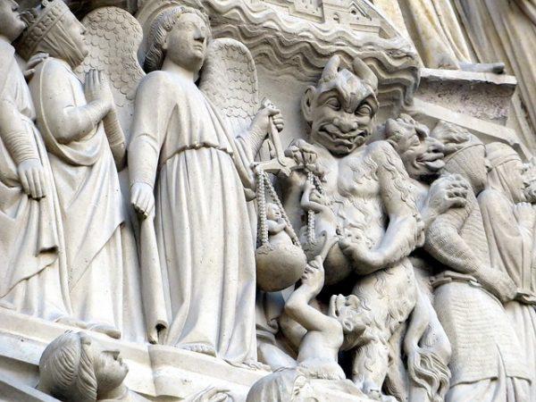 diablo dogmas católicos