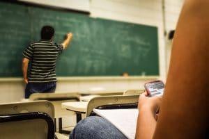 aula  repetición de curso fracaso escolar