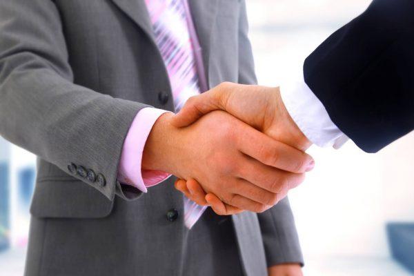 negociación manos