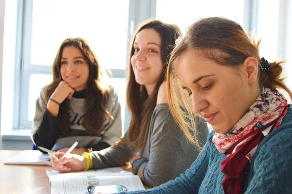 Mejores cursos de inglés en el extranjero para jóvenes en 2020