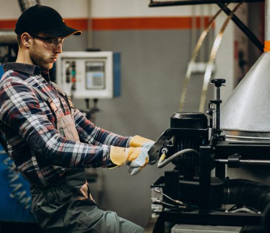 La automatización tecnológica en la maquinaria industrial